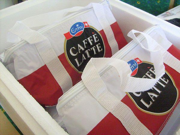 Eisgekühlt schmeckt die Emmi Caffé Latte Tahiti Edition Vanilla am besten